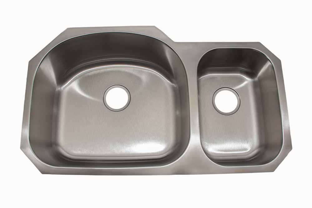 32″  70/30 <br> Undermount <br> Kitchen Sink